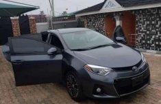 Selling grey 2016 Toyota Corolla sedan in good condition