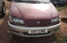 Used 2003 Toyota Picnic automatic at mileage 968,056 for sale
