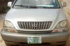 Well maintained grey 2001 Lexus RX automatic for sale
