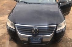Need to sell used black 2009 Volkswagen Passat automatic at cheap price