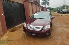 Need to sell cheap used 2009 Toyota Avalon at mileage 114,200 in Lagos
