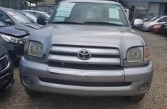 Selling 2003 Toyota Tundra automatic in good condition