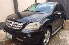 Clean and neat black 2007 Mercedes-Benz ML 500 suv at price ₦2,200,000 in Lagos