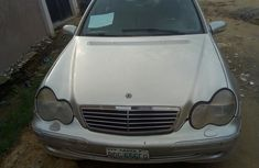 Need to sell high quality 2003 Mercedes-Benz C240 sedan at price ₦950,000 in Lagos
