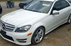 Need to sell high quality 2012 Mercedes-Benz 300 at mileage 52,144