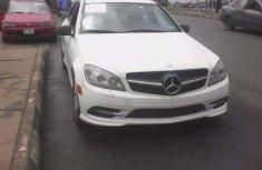 Sell very cheap clean white 2010 Mercedes-Benz CLK-Class in Ibadan