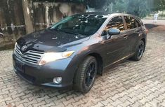 Need to sell high quality grey 2010 Toyota Avanza sedan automatic