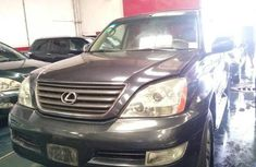 Need to sell high quality 2005 Lexus GX suv at price ₦1,600,000 in Lagos