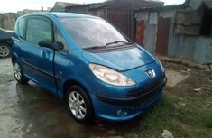 Well maintained 2000 Peugeot 1007 at mileage 98,000 for sale in Kaduna