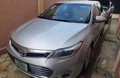 Selling grey 2013 Toyota Avalon at cheap price