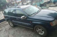Sell well kept 2005 Jeep Grand Cherokee automatic in Lagos