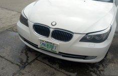Need to sell white 2008 BMW 528i sedan at price ₦3,800,000