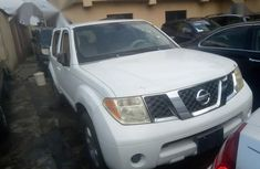 Nissan Pathfinder 2007 White for sale