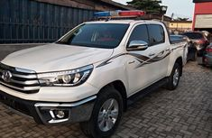 Sell well kept 2017 Toyota Hilux pickup automatic in Lagos