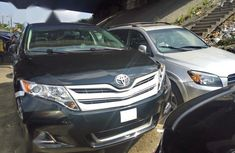 Need to sell used 2015 Toyota Venza in Lagos at cheap price