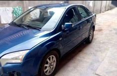 Selling 2007 Ford Focus sedan automatic in good condition