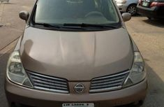 Nissan Tiida 2006 Brown color for sale