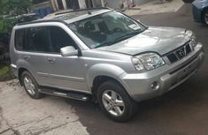 Selling silver 2005 Nissan X-Trail suv automatic at price ₦2,050,000