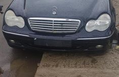 Sell well kept 2003 Mercedes-Benz C200 at mileage 10,554