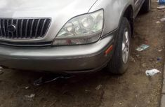 Extremely clean 1999 Lexus RX for sale at price ₦1,690,000 in Lagos