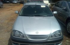 Best priced used 2000 Toyota Avensis for sale