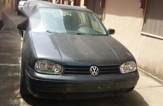 Sell well kept 2002 Volkswagen Golf automatic at price ₦1,000,000