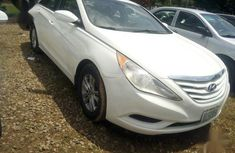 Hyundai Sonata 2010 White for sale