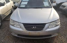 Clean and neat used grey 2008 Hyundai Sonata automatic in Ikeja at cheap price