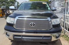 Sell used 2011 Toyota Tundra automatic at mileage 101,000 in Lagos