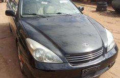 Used black 2002 Lexus ES car automatic at attractive price