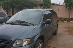 Dodge Caravan 2006 SE Green color for sale