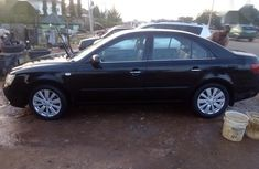 Sharp used black 2009 Hyundai Sonata sedan car at attractive price