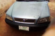 Well maintained blue 2002 Volvo V40 manual for sale