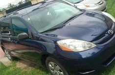 Toyota Sienna 2007 XLE Limited Blue color for sale