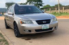 Well maintained gold 2006 Hyundai Sonata at mileage 152,100 for sale