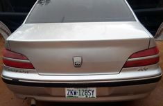 Need to sell super clean grey 2000 Peugeot 406