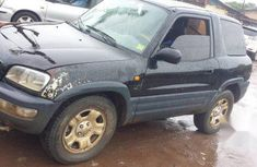 Well maintained black 1998 Toyota RAV4 automatic for sale at price ₦600,000