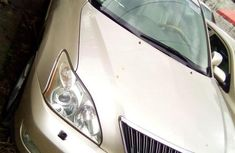 Sell well kept 2006 Lexus RX automatic in Ikeja
