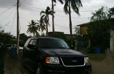 Best priced black 2003 Ford Expedition automatic at mileage 85,000