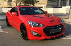 Selling authentic 2012 Hyundai Genesis in Lagos