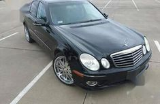 Sparkling cheap used 2009 Mercedes-Benz E550 automatic at mileage 22,156
