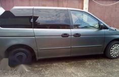 Sell well kept 2002 Honda Odyssey automatic at price ₦850,000