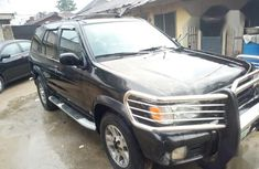 Sell black 1998 Nissan Pathfinder at mileage 174,811 at cheap price