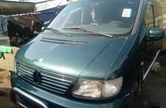 Sell well kept 2000 Mercedes-Benz V-Class at price ₦1,500,000