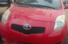 Need to sell red 2008 Toyota Yaris at mileage 85,599 in Lagos