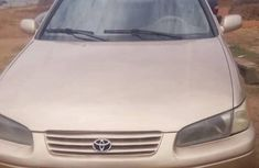 Best priced used gold 2000 Toyota Camry automatic