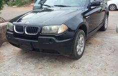 Selling black 2005 BMW X3 automatic at mileage 92,000