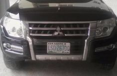 Need to sell high quality black 2014 Mitsubishi Pajero automatic in Lagos