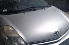 Well maintained grey 2006 Toyota Prius automatic for sale in Ikeja