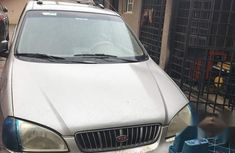 Need to sell cheap used 2003 Kia Carens at mileage 95,525
